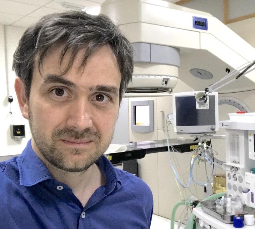 Dr. Victor Domingo Roa - Licenciado en Veterinaria - Granada España